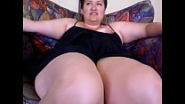 BBW bangs herself with vibrator for internet bo...
