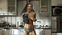 Antonella Balague cocinando desnuda Receta 1 Salchichitas Envueltas - download porn videos