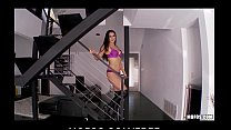 Big-boobed babe Misty Anderson strips down & ma...