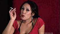 Jiji Vu – Smoking Fetish at Dragginladies