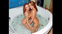 play bath lis and kristine Angels