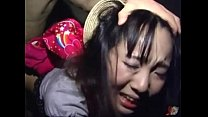 薄暗い部屋に監禁された美ロリータが変質者男にハメられ号泣しながら陵辱襲う!!!