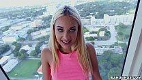 Blonde Teen Babe Uma Jolie)
