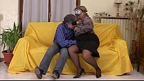 Amateur mature couple loves to fuck and to be filmed porn videos