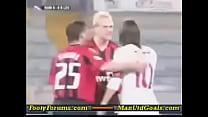 [www.keepvid.com] jumping Totti