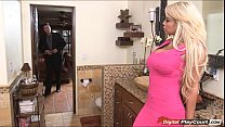 agent estate real a for pussy her opens b Bridgette