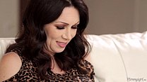 Mother-In-Love RayVeness and Gracie Glam Lickin...
