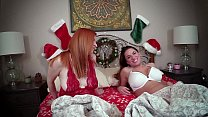 Mom & Aunt Mallory: Secret Santa -Lady Fyre Mal...