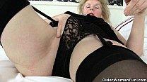 Мамочки порно с мамочкой мама совращает сына мама трахает сына видео