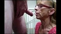 Grandma from epikgranny.com gives great blowjob