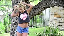 outdoors dildo a with playing - Xogisele