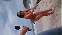praia na nua melao Mulher