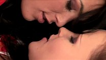 best kiss lesbian.FLV