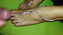 sexy footmodel get her toes and feet covered