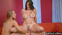 Two of the best pornstars of right now in a thr...