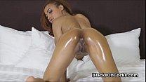 Oiled ebony spinner sucks dick thumb