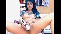 Blue Haired Girl Working on That Pussy - sexyfr...