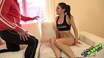 Jovencita mexicana follando con su profesor de gimnasia