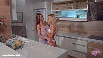 My kitchen love by Sapphic Erotica - Kiara Lord...