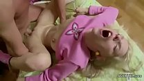 Petite Step-Sister Wake Him Up to Get First Ana...