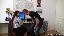 Fat ass plumper therapy in the office porn videos