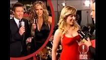 Scarlett Johansson boob grab on red carpet vide...