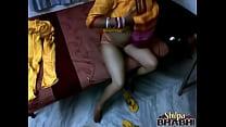 Shilpa bhabhi indian amateur with big boobs mas...