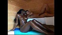 Putaria sexo na sauna comendo negona gostosa