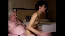 Дедушки и бабушки занимаются сексом