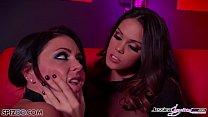 Jessica Jaymes is fucked by Alison Tyler using ...