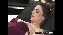 100percent-pure-amateur-hockey-moms-scene 1