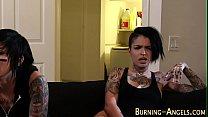 emo babe gets bbc cumshot