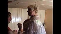 Пожилые толстые бабы показывают писи