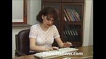 Moglie infedele scopa in ufficio - Cheating wif...