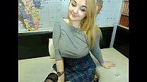 Русскую женщину заставляют сосать
