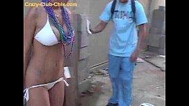 Gringa Chapada Tirando a Roupa