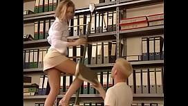 Fodendo O Cu Da Bibliotecaria Vadia