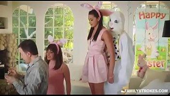 Негры ебут баб в жопу смотреть порно