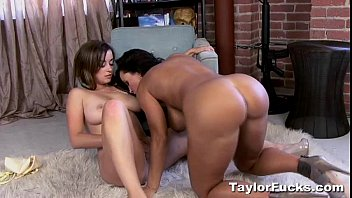 Step-son bangs his gf ava taylor and stepmom lisa ann