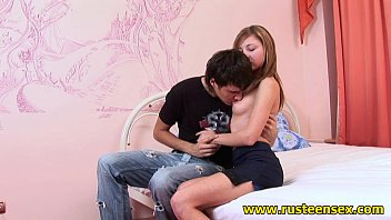 This teen girl really can fuck your brains out!