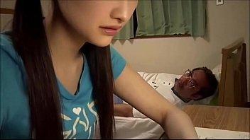 松浦理央「初めて夫以外の男性でイキました。」27歳の若妻が亭主にナイショでAV出演
