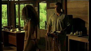 Pantaleon y las visitadoras (2000)