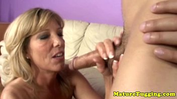 cougar blowjob videos XNXX.COM.