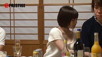 【快感】鈴村あいりの淫らで超敏感なほろ酔いSEXw–おっぱい動画見放題