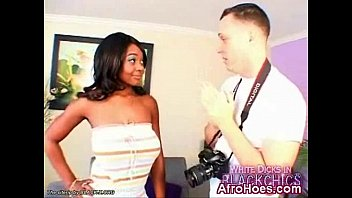 Ebony chick penetrated and enjoying