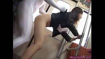 【素人 レイプ】着衣の素人OLの、レイプ透明人間プレイが、電車で。