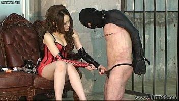 素人 アナル M男 SM  鞭でビシバシ叩かれすぎて体がボロボロになって更にアナル開発まで XVIDEOから削除される前に見てね!!