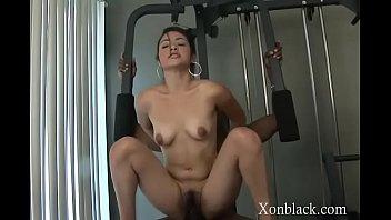 Vera in endowed dude gets his amateur dick sucked nicely