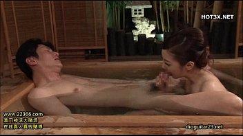 Miho Ichiki ada di rumah