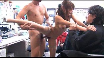 XVIDEO OLが職場でハメ撮りセックス